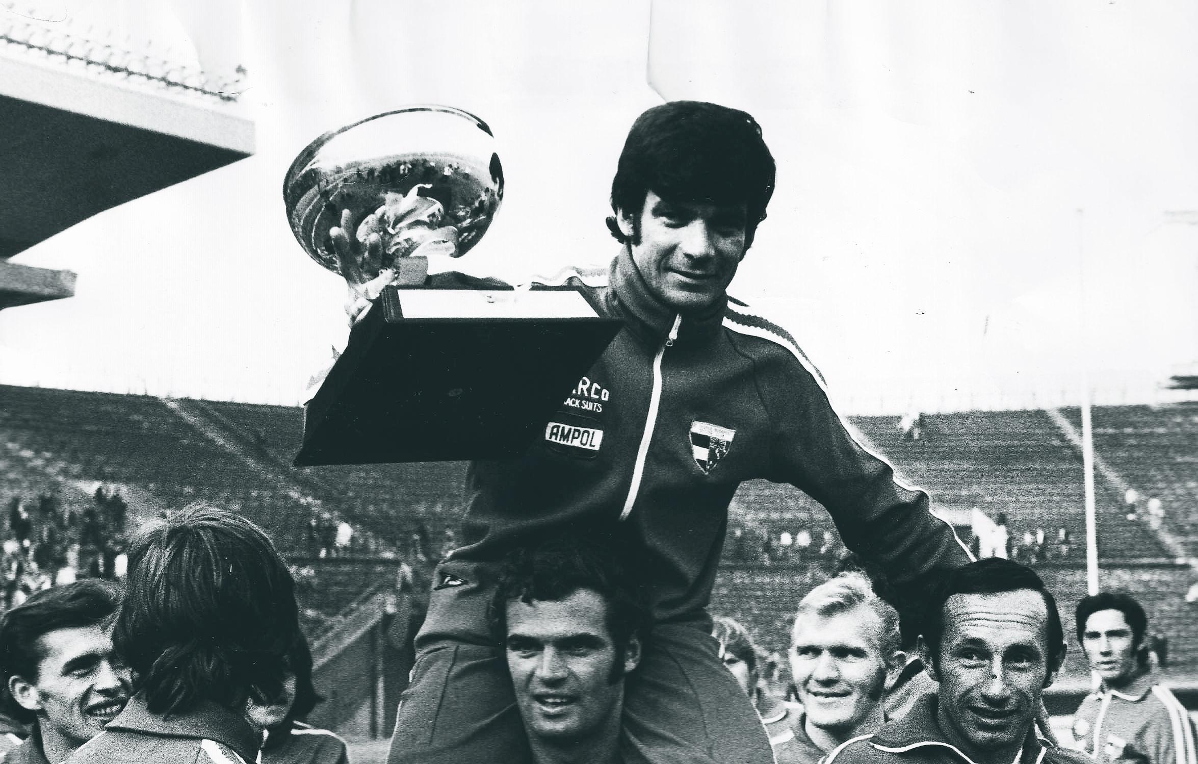 "Johnny Warren  the godfather of Australian football. "" 60962f380"