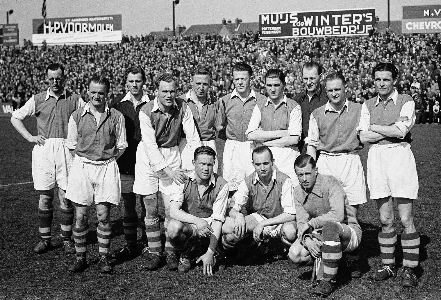 The Colossal Legacy Of Ajax Mentor Jany Van Der Veen