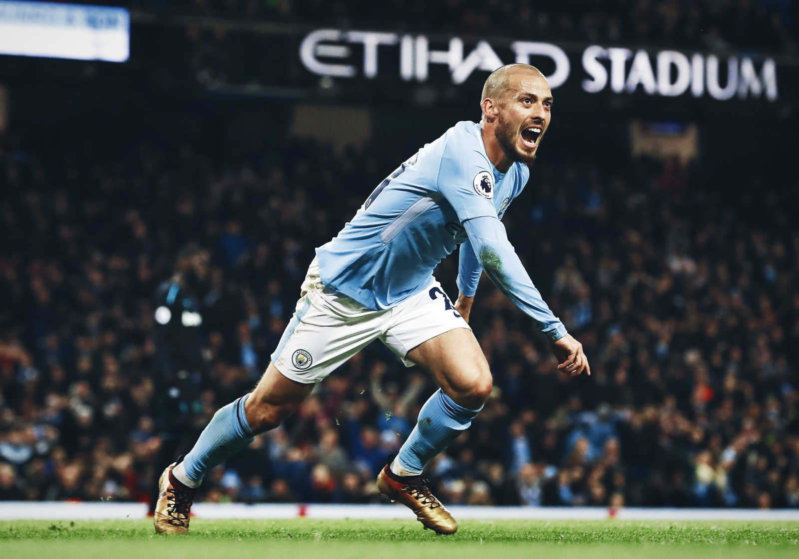 d76c01c94b3 David Silva: the modest magician at odds with a grandiose world